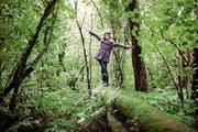 Kinder für die Natur sensibilisieren: Nur was man liebt und kennt, will man später auch schützen. (Bild: Donald Lain Smith/Getty)