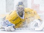 Langenthals Goalie Philip Wüthrich (21-jährig/Shutout mit 31 Paraden) sehen viele schon nächste Saison als Alternative für die Genoni-Nachfolge in Bern (Bild: KEYSTONE/ADRIEN PERRITAZ)