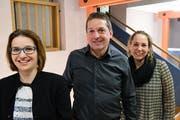 Schulpräsidentin Fabienne Brandenberger, Schulpfleger Marco Sonderegger und Schulleiterin Anina Wulf. (Bild: Werner Lenzin)
