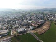 Im Oktober 2018 wurde für den Bau der Spange Hofen bereits der Humus abgetragen. (Bild: Olaf Kühne)