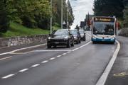 Die neue elektronische Busspur auf der Spitalstrasse ermöglicht dem Bus den individual Verkehr zu überholen. Bild: Boris Bürgisser (Luzern 6. September 2018)