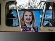 Hoffnungsträgerin in der Slowakei: Die liberale Präsidentschaftskandidatin Zuzana Caputova. (Bild: KEYSTONE/EPA/MARTIN DIVISEK)