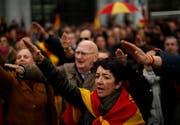 Spanien heute: Franco-Verehrer feiern ihr Idol. (Bild: Manu Fernandez, Madird, 19. November 2018)