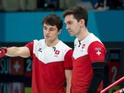 Benoît Schwarz (links) und Skip Peter De Cruz wollen es an der WM wissen (Bild: KEYSTONE/ALEXANDRA WEY)