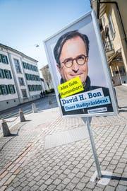 Auf dem Wahlplakat wünscht David H. Bon den Romanshornern alles Gute: (Bild: Andrea Stalder).