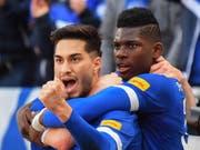 Schalke 04 mit Suat Serdar und Breel Embolo kehrten in Hannover zum Siegen zurück (Bild: KEYSTONE/EPA/DAVID HECKER)