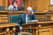Alain Berset während der gestrigen Ratsdebatte: Der Sozialminister zeigte sich besorgt wegen der Entwicklung bei jungen IV-Bezügern. (Bild: Alessandro della Valle/Keystone (Bern, 6. März 2019))