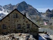 Die Moiry-Hütte (Cabane de Moiry) liegt im Kanton Wallis auf 2825 Metern über Meer. (Bild: KEYSTONE/ANTHONY ANEX)