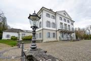 Das Schloss Eugensberg auf dem Gemeindegebiet von Salenstein ist verkauft.(Bild: Donato Caspari)