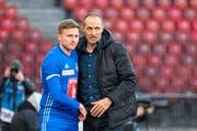 FCL-Trainer Thomas Häberli (rechts) motiviert Mittelfeldspieler Idriz Voca. (Bild: Martin Meienberger/Freshfocus (Zürich, 24. Februar 2019))