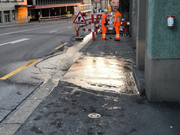 In der Stadt St.Gallen ist es am Montag zu einem weiteren Wasserrohrbruch gekommen. (Bild: Stapo SG)