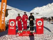 Mit Sieger Lukas Gerig und dem zweitplatzierten Roger Baumann schafften es gleich zwei heimische Skilehrer aufs Podest. (Bild: PD)