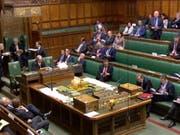 Das britische Parlament hat mit der Abstimmung über Alternativen zum EU-Austrittsabkommen begonnen. (Bild: KEYSTONE/EPA UK PARLIAMENTARY RECORDING UNIT/UK)