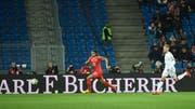 Im Länderspiel zwischen der Schweiz und Dänemark blieben im Basler Stadion viele Plätze leer. (Bild: Keystone)