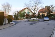 Auf der linken Seite des Kehrplatzes soll die Wiggenrainstrasse verlängert werden. (Bild: Laura Manser)