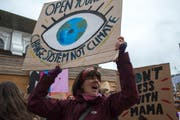 Demonstration gegen den Klimawandel in der Stadt Luzern. (Bild: Dominik Wunderli, Luzern, 15. März 2019)