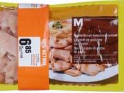 Die Migros ruft eine Charge eines Poulet-Produkts zurück. Es könne sein, dass es Metallstücke enthält, teilte Migros mit. (Bild: Migros-Genossenschafts-Bund)