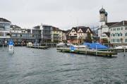 Das Hafenbecken in Lachen. Archivbild Bote der Urschweiz