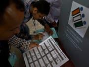 In Indien haben am heutigen Donnerstag die Parlamentswahlen begonnen. (Bild: KEYSTONE/AP/ANUPAM NATH)