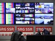 Wegen der Übertragung von sportlichen Grossereignissen - wie hier für die Olympischen Winterspiele in Pyeongchang - steig im letzten Jahr auch der Produktionsaufwand. (Bild: Keystone/GIAN EHRENZELLER)