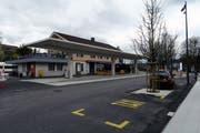 In Etappen wird der Flawiler Bahnhofplatz neu gestaltet. Am Dienstag, 23.April, beginnen die Arbeiten für die zweite Phase, den Bau von Velo- und Rollerunterständen. (Bild: PD)