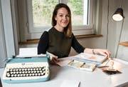 Doris Büchel macht das Ein-Blatt-Magazin «One Page» (Bild: Sabrina Stübi)