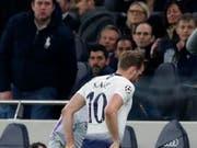 Harry Kane musste das Spielfeld verletzt verlassen (Bild: KEYSTONE/AP/FRANK AUGSTEIN)