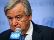 Uno-Generalsekretär Antonio Guterres hat am Mittwoch (Ortszeit) vor einer «blutigen Schlacht» um die libysche Hauptstadt Tripolis gewarnt. (Bild: KEYSTONE/AP/BEBETO MATTHEWS)