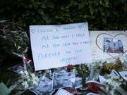 Einer der beiden Schweizer, die in Zusammenhang mit der Ermordung der zwei skandinavischen Rucksacktouristinnen festgenommen worden sind, ist am Donnerstag in der marokkanischen Hauptstadt Rabat zu zehn Jahren Gefängnis verurteilt worden. (Bild: KEYSTONE/AP/MOSA'AB ELSHAMY)