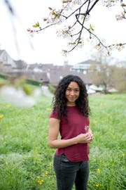 Die Schauspielerin Leslie Kunz kommt ursprünglich aus Zug, lebt nun aber in London.(Bild: Maria Schmid, Zug, 12. April 2019)
