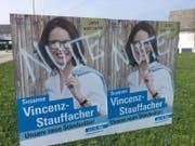 Mehrere Plakate von FDP-Ständeratskandidatin Susanne Vincenz-Stauffacher wurden verschmiert, unter anderem hier in Waldkirch. (Bild: pd)