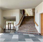 Zurück zum Original: Das Treppenhaus präsentiert sich den Felsberg-Schülern wieder wie beim Bau anno 1948.