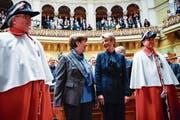 Die Bundesrätinnen Viola Amherd und Karin Keller-Sutter werden sich an diversen Anlässen für Frauen einsetzen. (Bild: Anthony Anex/Keystone (Bern, 5. Dezember 2018))