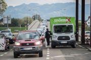 Mit der Reform hätten der Schweiz Hunderte Millionen Franken Mehrkosten für arbeitslose Grenzgänger gedroht. (Bild: Benjamin Manser)
