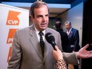 CVP-Präsident Gerhard Pfister sieht seine Partei im Aufwärtstrend, zeigt sich aber gleichzeitig selbstkritisch. Er bewertet seine Rolle mit der Note vier von zehn. (Bild: KEYSTONE/ANTHONY ANEX)