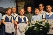 Den Kindern des Nachwuchs-Chörlis ist die Freude am Jodeln während ihres Auftritts anzusehen. (Bild: Monika Wick)
