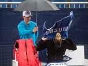 Dem Hudelwetter und dem Jungstar getrotzt: Polona Hercog gewann das Ladies Open in Lugano (Bild: KEYSTONE/TI-PRESS/ALESSANDRO CRINARI)