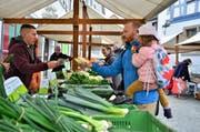 Am Markt herrschte reges Treiben. (Bild:Max Eichenberger)