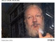Julian Assange nach seiner Verhaftung am Donnerstag in London - zuvor hatte er sieben Jahre in der Botschaft Ecuadors verbracht und dort ein exzentrisches Benehmen gezeigt. (Bild: KEYSTONE/AP PA/VICTORIA JONES)