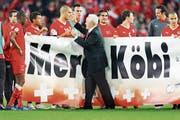 Köbi Kuhns Abschied als Natitrainer an der Heim-EM 2008. (Bild: Keystone)