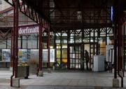 Die Gemeindeverwaltung Risch ist im Zentrum Dorfmatt (im Bild) in Rotkreuz untergebracht. (Bild: Stefan Kaiser, 27. September 2016)