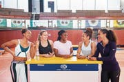 Die Stimmung in der neuen Trainingsgemeinschaft ist gut: Sarah Atcho, Riccarda Dietsche, Samantha Dagry, Salomé Kora und Laetitia Hermet (von links). (Bild: Urs Bucher)