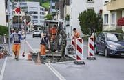 Zwei dieser umstrittenen Trottoirnasen auf der Goldauer Parkstrasse wurden rückgebaut. (Archivbild: Erhard Gick)