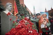 Stalins Grab an der Kremlmauer in Moskau. (A. Zemlianichenko/AP)