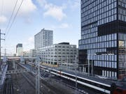 Eine Stellwerkstörung hat den Bahnhof Zürich Altstetten am Dienstag lahmgelegt. (Bild: Keystone/CHRISTIAN BEUTLER)
