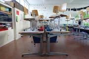 Auch in diesem Schulzimmer im Trakt 1 des Horwer Schulhaus Hofmatt wird ein neuer Boden eingebaut. (Bild: Gemeinde Horw)