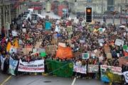 Junge Klima-Demonstranten in Bern. (Bild: Keystone)