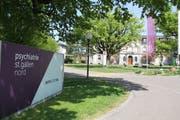 Haupteingang bei der Psychiatrie St.Gallen Nord in Wil. (Bild: PD)
