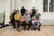 Das aktuelle «Saiten»-Team im Kulturkonsulat in St.Gallen. (Bild: PD)
