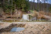 An der Goldach laufen die Vorbereitungen für den Bau der neuen Brücke. (Bild: Urs Bucher (2. April 2019))